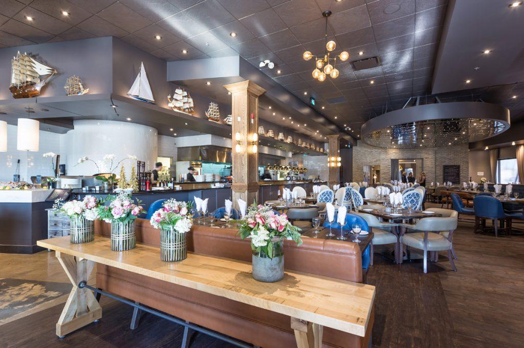 Trattoria Timone Ristorante Italiano interios with flowers in one of the best Oakville restaurants
